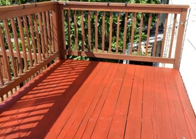 House-Twist-Deck-Pressure-Washing-and-Painting6