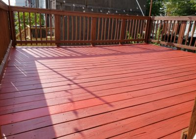 House-Twist-Deck-Pressure-Washing-and-Painting7