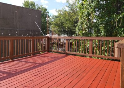 House-Twist-Deck-Pressure-Washing-and-Painting8